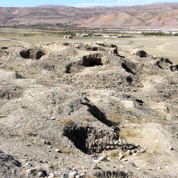 Nelegalių kasinėjimų pėdsakai Koske Bohar